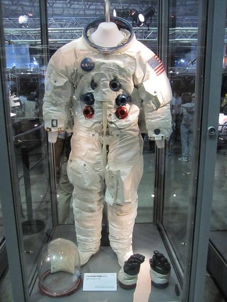 アポロ計画の宇宙服.jpg