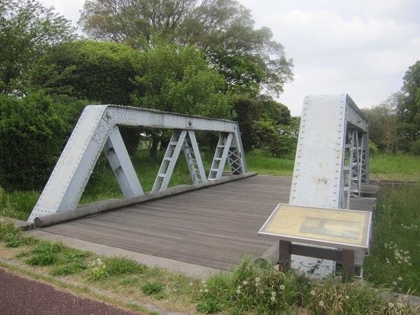江戸川橋梁.jpg