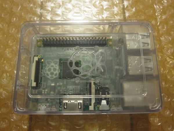 RaspberryPiをケースに格納5.jpg
