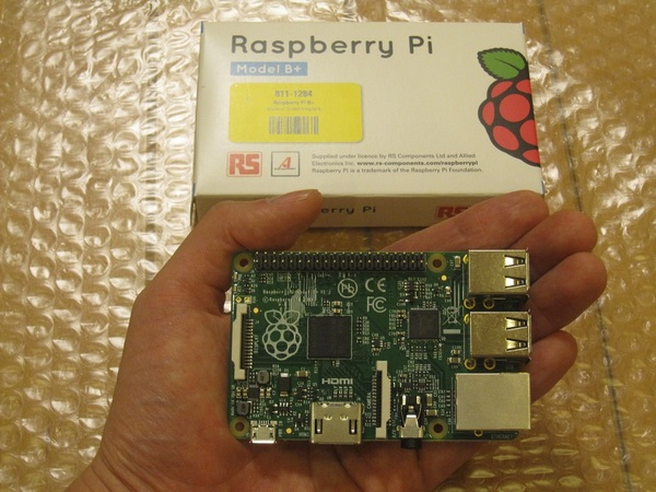 RaspberryPi本体.jpg